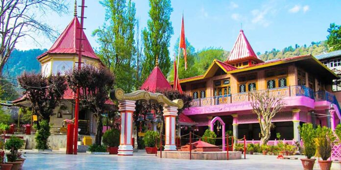 जय हो मां नयना देवी, डेढ़ महीने के बाद भक्तों के लिए खुले प्राचीन मंदिर के कपाट