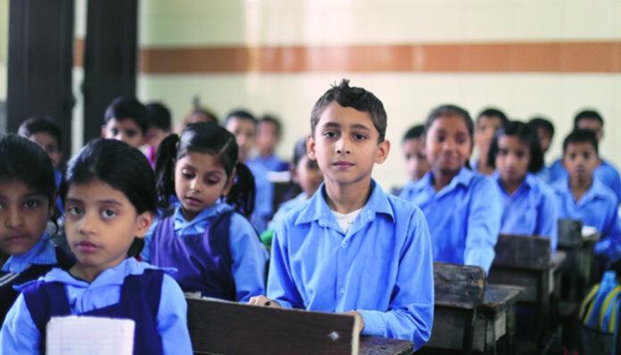 उत्तराखंड: बीच में पढ़ाई छोड़ने वाले बच्चों की होगी खास ट्रैकिंग, बन गया प्लान