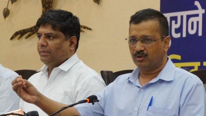 Delhi CM Kejriwal guarantee to provide 300 units free electricity to Uttarakhand