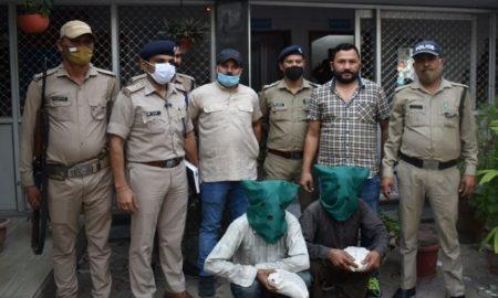 हल्द्वानी भोटिया पड़ाव में डंपर से बरामद हुई ढाई किलो चरस, पुलिस ने प्लान बनाकर तस्करों को पकड़ा